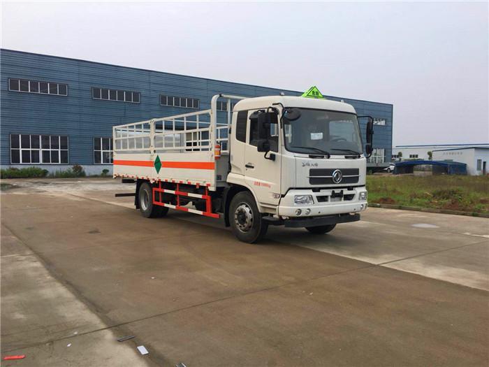 东风天锦6.2米气瓶运输车8吨