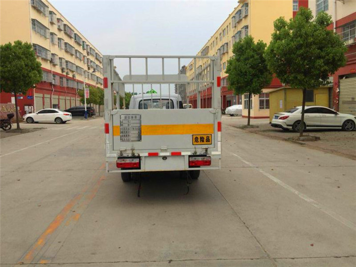 3米6东风途逸高栏气瓶运输车