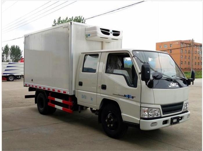 江铃顺达双排3.2米冷藏车2