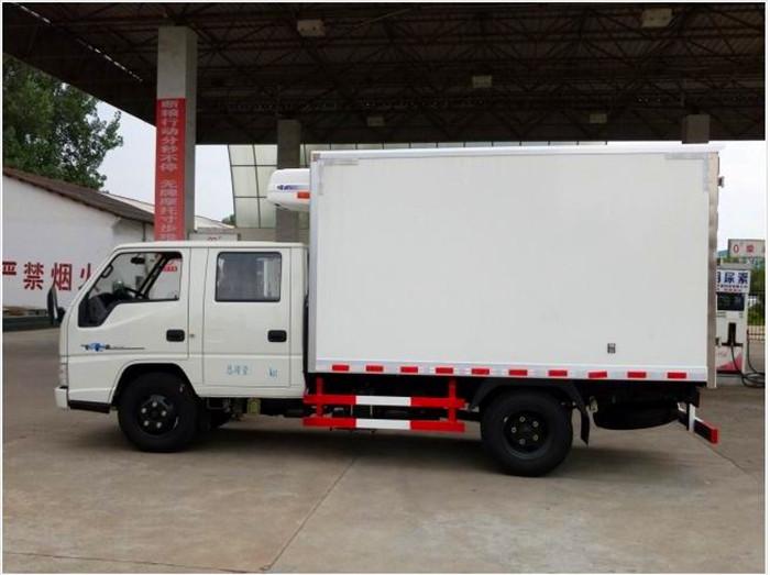 江铃顺达双排3.2米冷藏车3