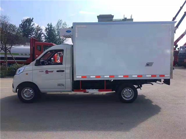 国六福田祥菱V1小型厢式冷藏车