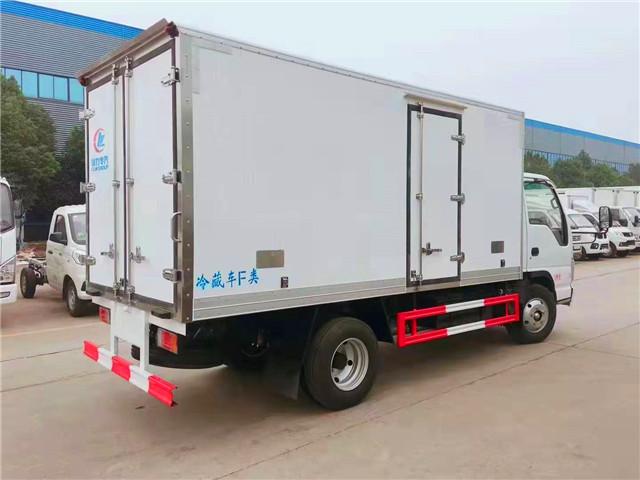 国六4米1五十铃100P冷藏车