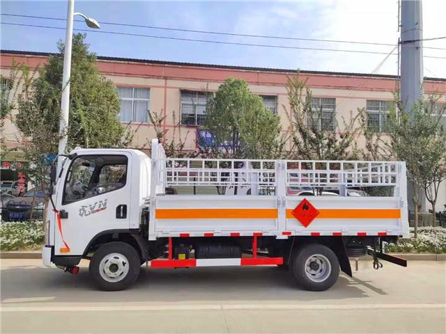 栏板气瓶运输车