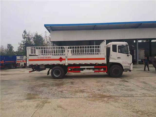 东风天锦高栏式气瓶运输车