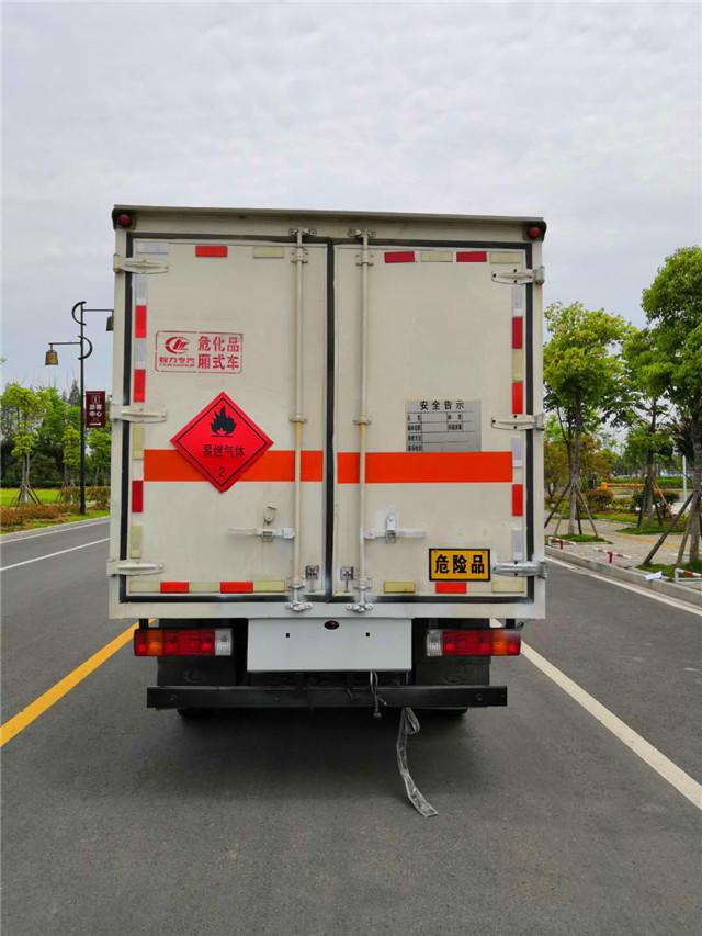 烟花爆竹运输车