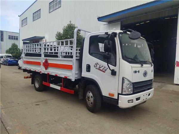 解放4.2米高栏式气瓶运输车