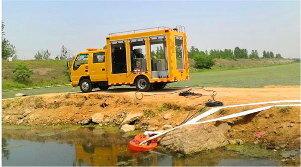 双排便携防汛排水车